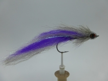 Size 6/0 A&M Pike Streamer Purple / Grey Flash